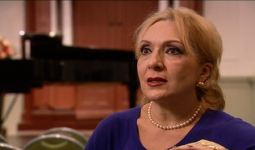 Annett Andriesen in gesprek met Nelly Miricioiu