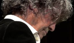 Polo de Haas speelt Canto Ostinato